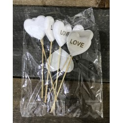 HEARTS ON STICKS 6 PCS